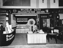 Old business premises in the 1930s